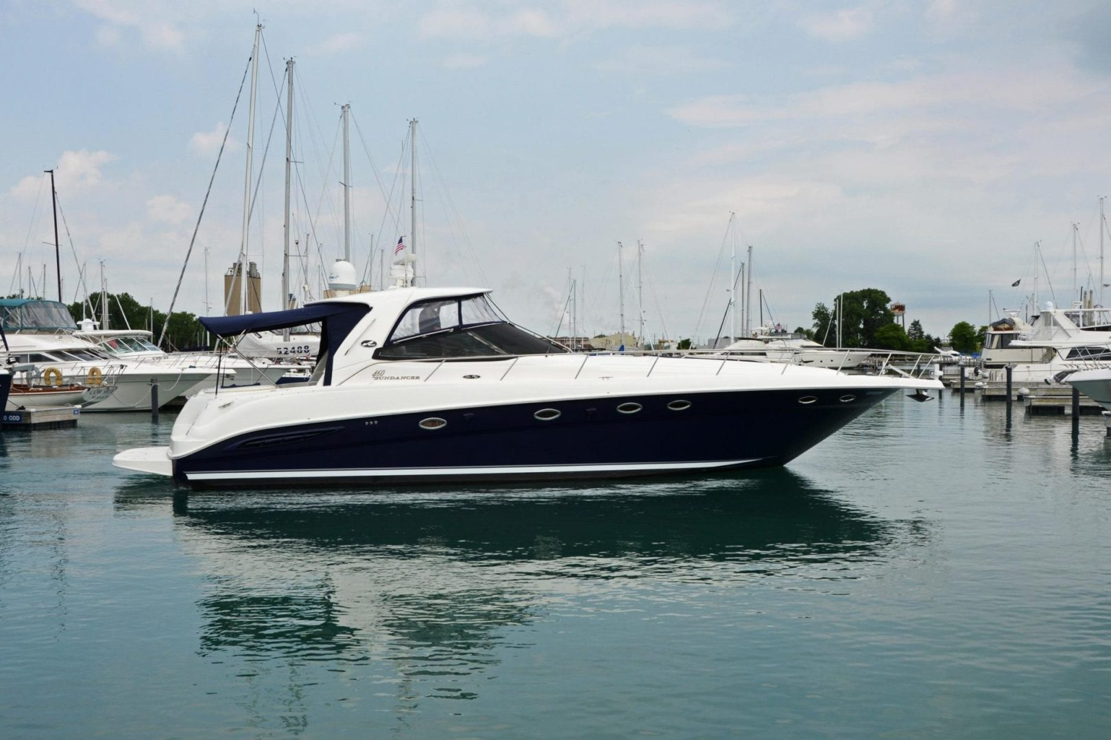 Luxury Sea Ray 460 Sundancer