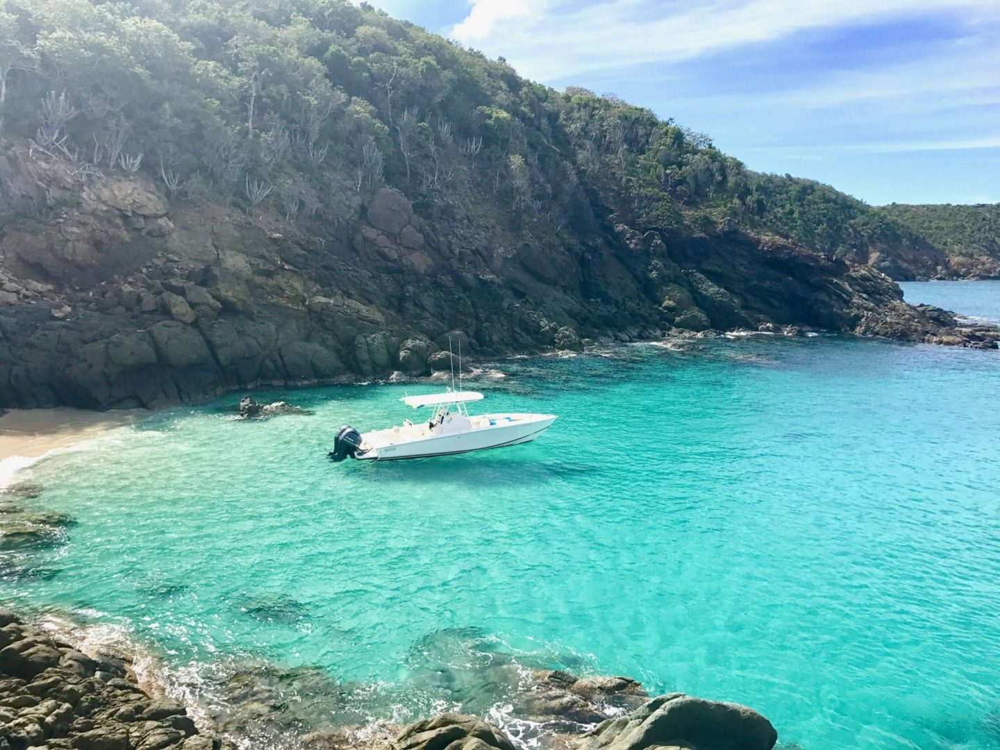 Secluded Island Spots Accessible Only by Boat